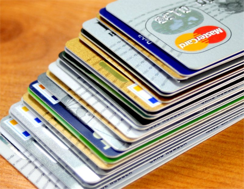 20 Ways to Meet Credit Card Minimum Spend Requirements